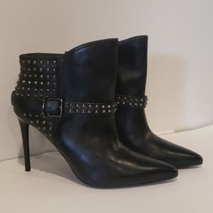 NWOT KENNETHCOLE BonAlways leather studded booties
